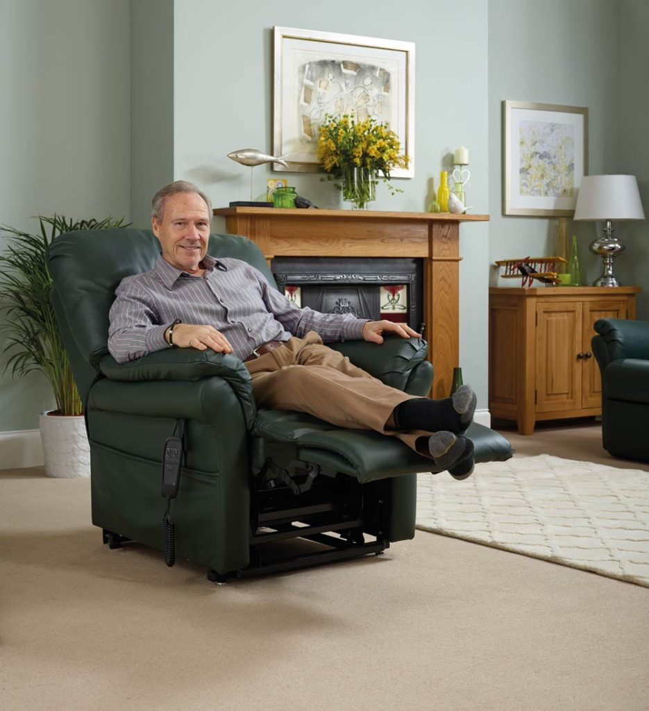 Rise and reclien chair with high leg lift to help swollen ankles